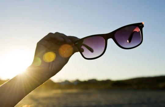 Mit der passenden Sonnenbrillen in den Frühling